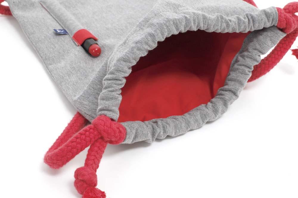 Rucksack zum Bemalen in Rot von innen