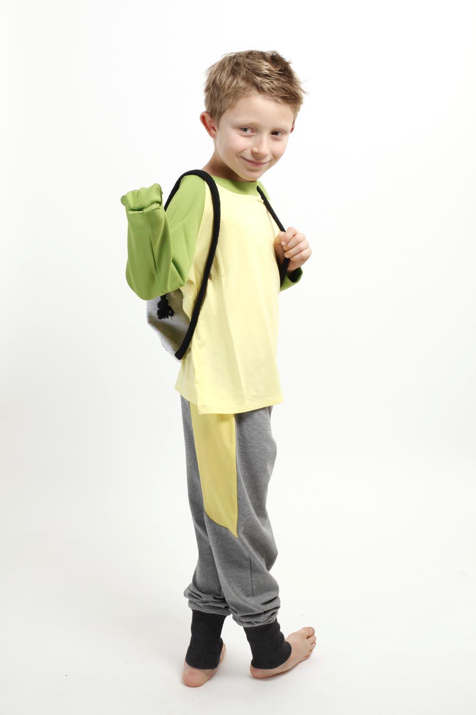 Spielmode-Outfit: Maus-Hose und Froschi in Gelb mit Rucksack Píntame