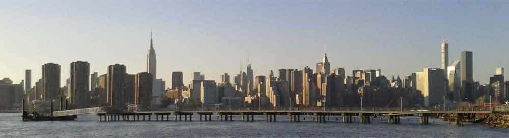 NYC_Skyline_Greenpoint