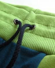 Froschi_Outfit_Green_Sweatpants_Longsleeve